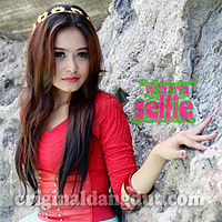 Viola Arsa - Selfie.mp3